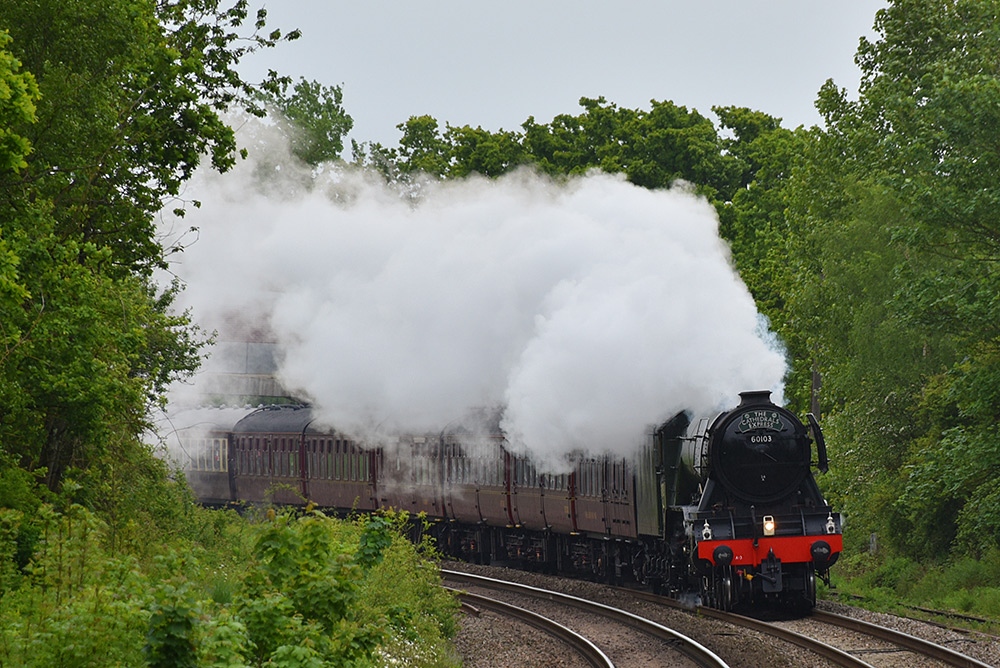 Picture of the Flying Scotsman steam locomotive approaching