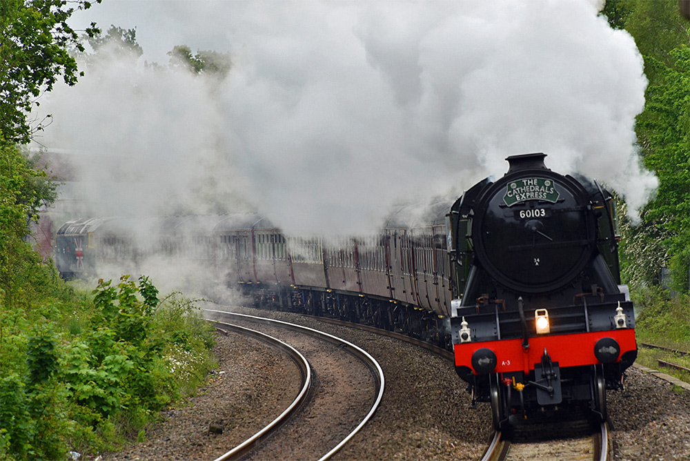 Picture of the Flying Scotsman steam locomotive from the front