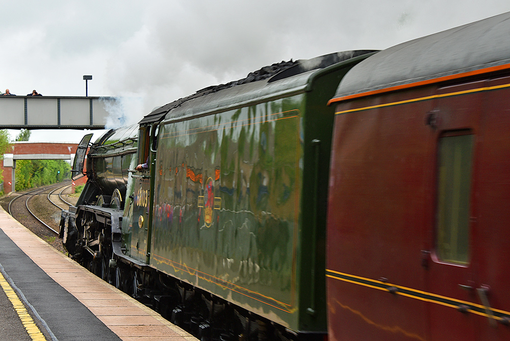 Picture of the Flying Scotsman steam locomotive having just gone past